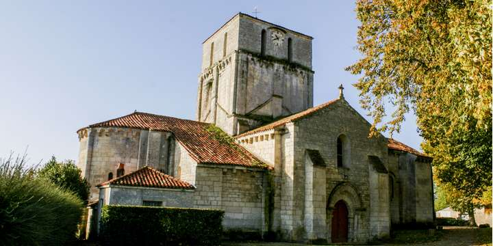 eglise d-oulmes-sud-vendee